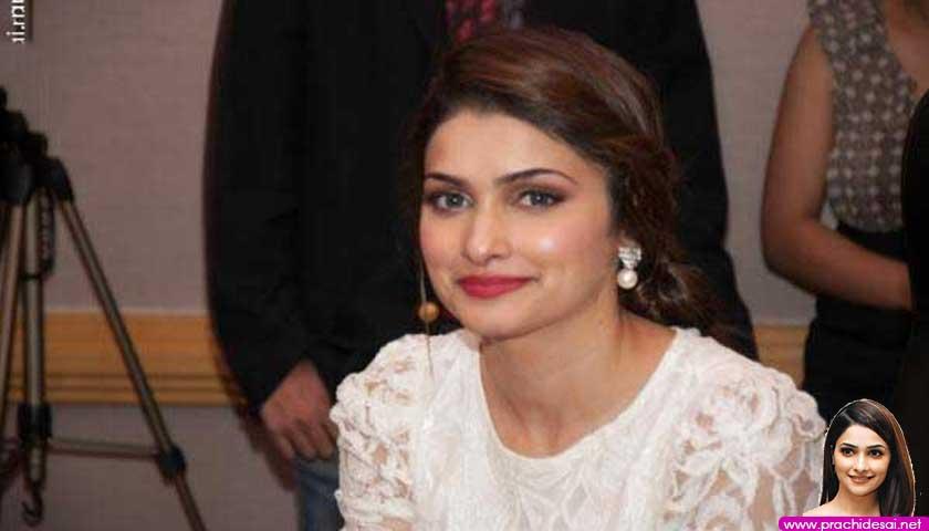 Sexy Bol Bachchan actress Prachi Desai